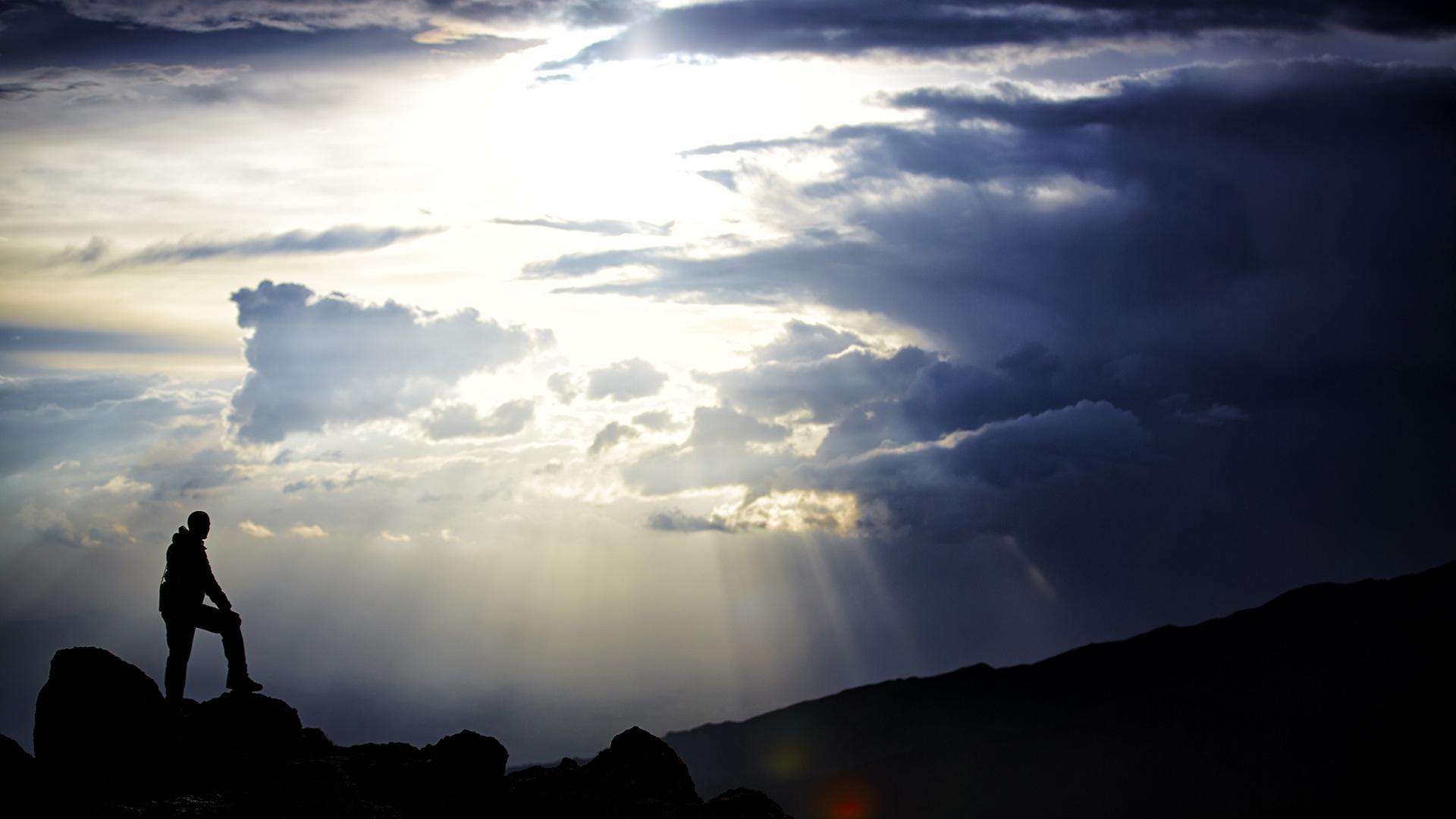 PDJPhoto, Peter de Jong, Sluisweg 59, 2225 XJ, Katwijk, 2014, The Netherlands, Photographer, Climbing, Sevensummits, 7Summits, Travel, Photography, Apexcaptures, Landscape, Travelsome, Outdoors, Bestnatureshot, ourplanetdaily,thephotographersclub, Awsomemearth, Worldshotz, Wow, Earthfocus, Thosetravelers, Way2ill, Mountains, Glacier, Ice, Snow, Winter, Wanderlust, NEVE, Kilimanjaro,Afrika, Mount Kilimanjaro, Moshi, Marchame, Pole pole,  People, Summitday, Tanzania, Rainforest